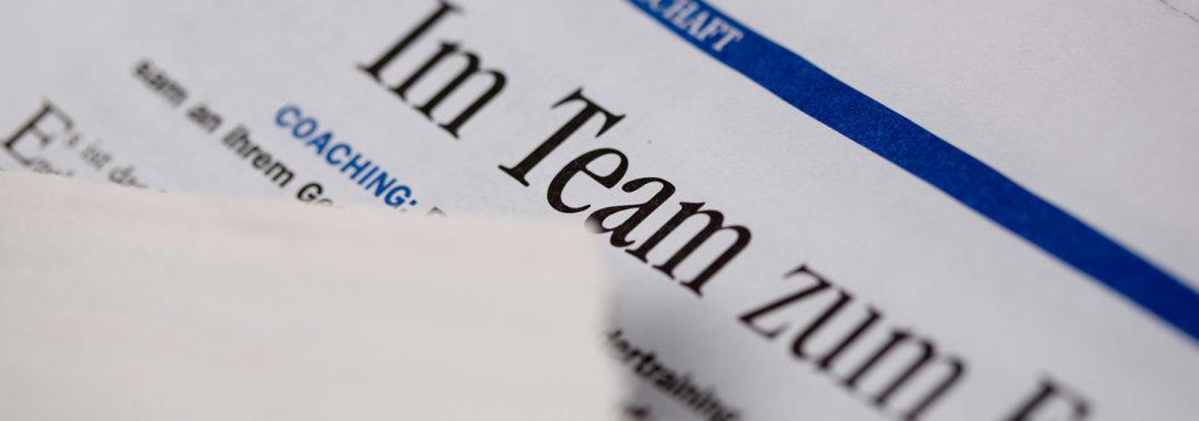 Zeitungsausschnitt Teamerfolg, Führungskräfte